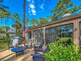 155 Harbourwood, Fully Renovated. Golf Views, Bike to Harbourtown or Beach - Daufuskie Island vacation rentals