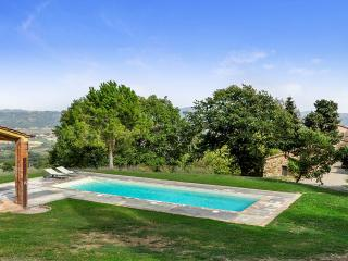 Charming 6 bedroom Villa in Val d'Orcia with Internet Access - Val d'Orcia vacation rentals