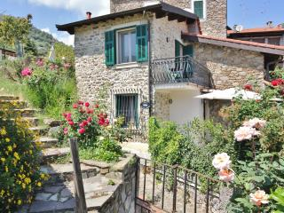 Nice Bed and Breakfast with Internet Access and Outdoor Dining Area - Dolceacqua vacation rentals