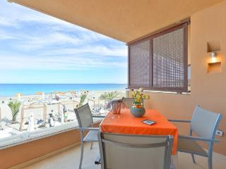 Beach front in Playa den Bossa! 3 - Playa d'en Bossa vacation rentals