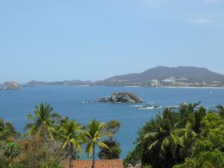 Lovely 1BR. Apartment - Stunning Ocean Views-Pool - Ixtapa vacation rentals
