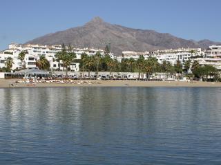 Beachfront,Offers,Club Playas del Duque2..Parking - Puerto José Banús vacation rentals