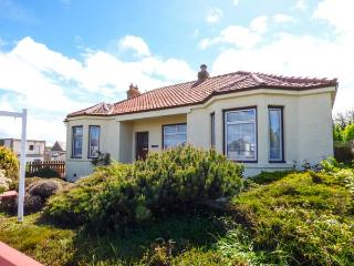 TRAQUAIR, pet friendly, with a garden in Eyemouth, Ref 11846 - Eyemouth vacation rentals