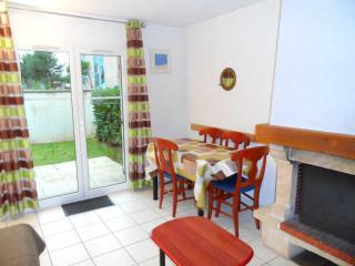 Nice Cottage with Television and Fireplace - Dives-sur-Mer vacation rentals