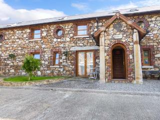 STABLES NO. 3 all ground floor, romantic retreat, open plan living in Ashford, Ref 923908 - Northern Ireland vacation rentals