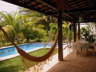Bright 4 bedroom Praia do Forte House with Garden - Praia do Forte vacation rentals