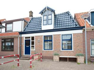 Vakantiewoning De Blauwe Pannen - Egmond aan Zee vacation rentals