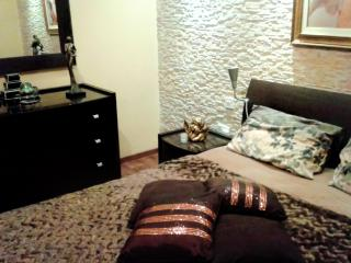 Elegant Room in Central Loc. with Private Bathroom - Tarxien vacation rentals