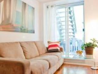 COZY 1 BEDROOM+ TERRACE+BBQ ON PLATEAU #3 - Montreal vacation rentals