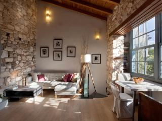 Scenic & Tranquil house at the foot of Acropolis - Athens vacation rentals