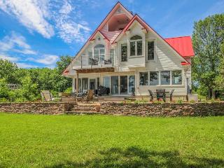 Stunning lakefront home with room for 10, great location! - North Hero vacation rentals