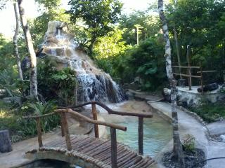 Los Jaguares Glamping: hut Tucan - Tulum vacation rentals