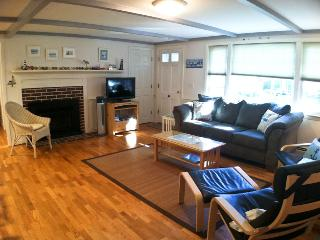 Close to Bike Bath & Taylor's Pond - CM0269 - Chatham vacation rentals