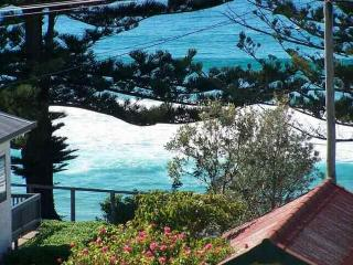 4 bedroom House with Television in Tuross Head - Tuross Head vacation rentals