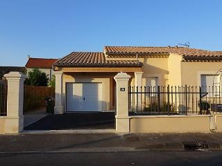 Bouton d'Or - Orange vacation rentals