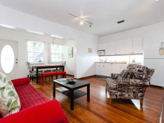South Beach Two-bedroom Condo sleeps up to 6 guest - Miami Beach vacation rentals