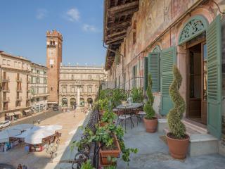 Corte Realdi Suites Verona - Piazza Erbe Suite - Verona vacation rentals