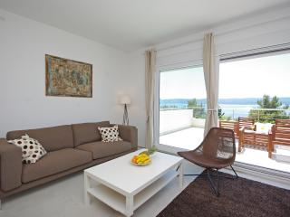 Nice 2 bedroom Apartment in Mimice - Mimice vacation rentals