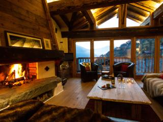 Alpine Ski Chalet Glorious Mountainside Setting - Sainte-Foy-Tarentaise vacation rentals