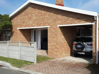 2 bedroom House with Parking in Pearly Beach - Pearly Beach vacation rentals