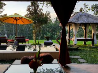 Rustic Villa Padi Menari in Ubud rice fields - Ubud vacation rentals