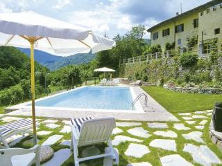 Bright 7 bedroom Borgo San Lorenzo Villa with Internet Access - Borgo San Lorenzo vacation rentals