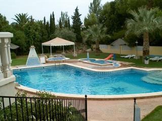Apt. with garden,beach Alcoceb - Castellon Province vacation rentals
