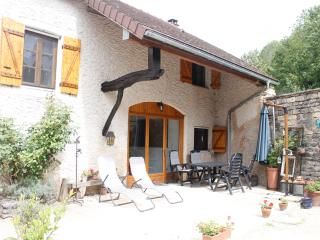 Fermette en France, rust en ruimte in de Bourgogne - Montbard vacation rentals