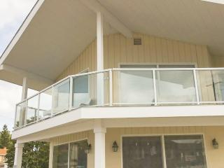 Amazing 3 bedroom condo overlooking Lake Michigan! - Ludington vacation rentals