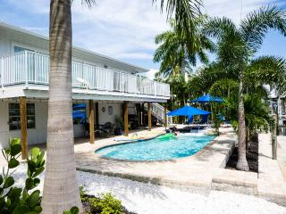 Renovated canal home with private pool near beach - Fort Myers Beach vacation rentals