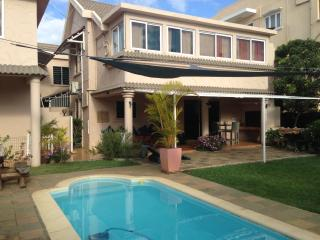 5 bedroom House with Internet Access in Blue Bay - Blue Bay vacation rentals