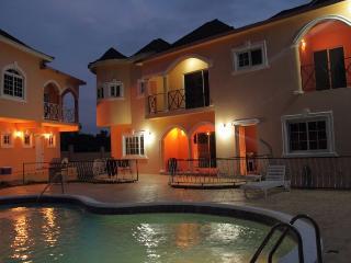 le Chateau Villa Beaux Paradis - Bluefields vacation rentals