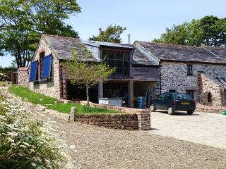 Trenedden Barn, South East Cornwall - Lansallos vacation rentals