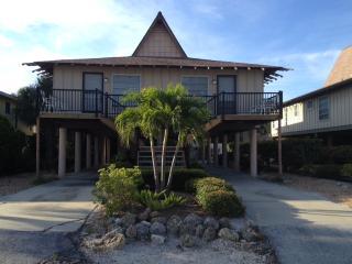 Coconuts Tahitian 205 - Holmes Beach vacation rentals