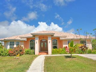 HOME WITH PRIVATE BOAT DOCK , POOL & WALK TO BEACH - Freeport vacation rentals
