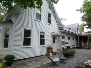 Village Green Hideaway - Image 1 - Bar Harbor - rentals
