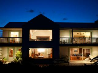 Surfers paradise - Godfrey's Beach House - Cape Saint Francis vacation rentals