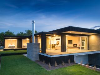 Release Wanaka - Brownston Street - Wanaka vacation rentals