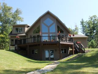 The Gathering House, Scattering Rice Lake,Sleeps16 - Eagle River vacation rentals