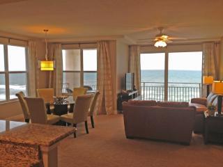 Daytona Beach Luxe Oceanfront 3 beds 3 baths - Daytona Beach vacation rentals