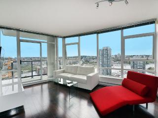 Penthouse living in Yaletown ! - Vancouver vacation rentals
