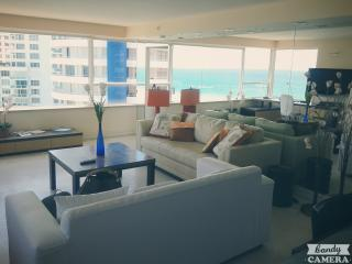 By Gvaldi - Direct Beach Access - Miami Beach vacation rentals