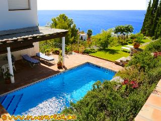 Villa Tropical *** 360° Panoramic Views *** Pool - Almunecar vacation rentals