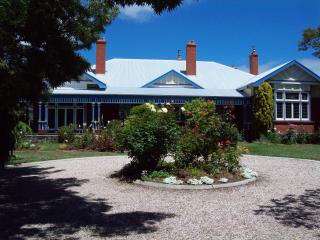 "Devonport Tasmania  ""Yangunya Manor"" self contained rooms in old world house. - Devonport vacation rentals"