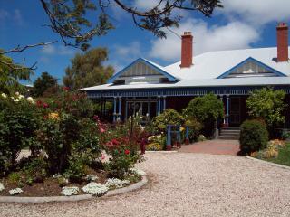 Devonport Tasmania bedroom in old world house - Devonport vacation rentals