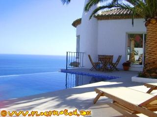 VILLA EL REFUGIO * INFINITY POOL * FANTASTIC VIEWS - Salobrena vacation rentals