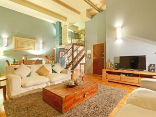 Mutual Heights 712 - Cape's Citi Loft - Cape Town vacation rentals