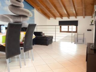 2 bedroom Condo with Internet Access in San Massimo - San Massimo vacation rentals