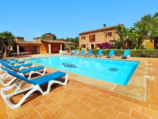 5 bedroom Finca with A/C in Cala d'Or - Cala d'Or vacation rentals
