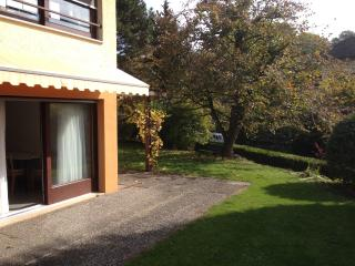Little nest - Quiet and surrounded by greenery - La Tour-de-Peilz vacation rentals